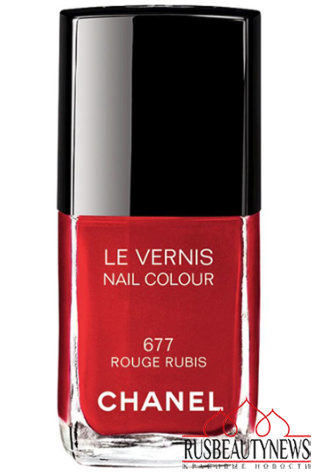 red nail chanel