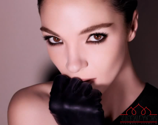Givenchy Noir Couture Volume Mascara look5