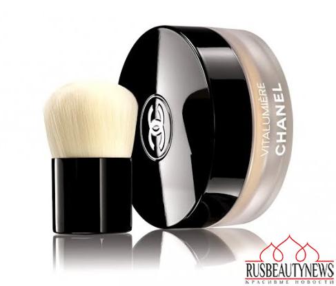 Chanel Vitalumiere Loose Powder Foundation look2