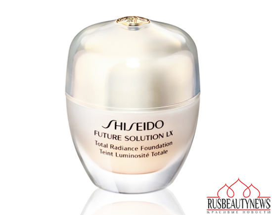 Shiseido Future Solution LX Total Radiance Foundation look2