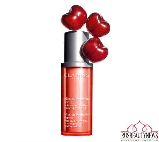Clarins Mission Perfection Serum look