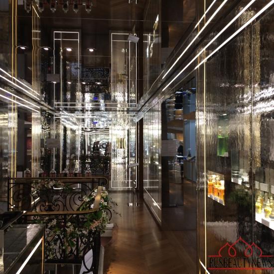Boutique Guerlain Paris Avenue des Champs-Elysées 68 10