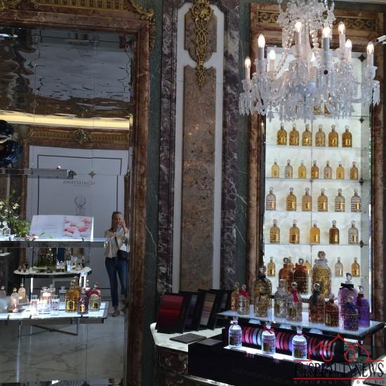Boutique Guerlain Paris Avenue des Champs-Elysées 68 8