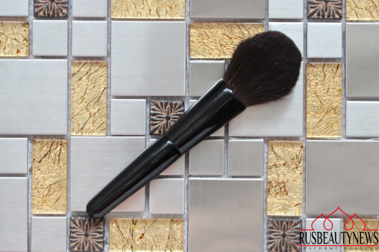 My favorite makeup brush Suqqu